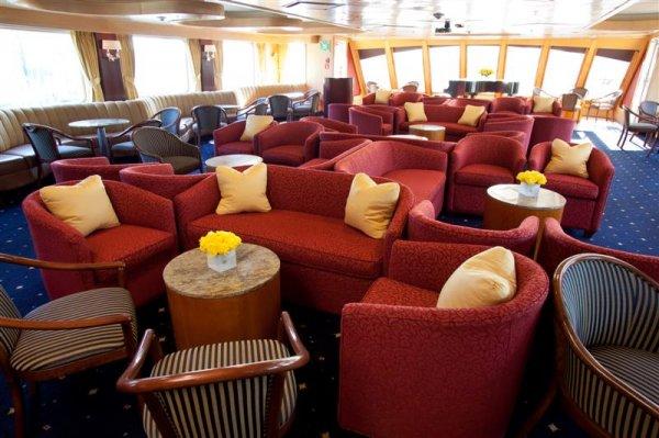 Lounge-6878 (Medium).jpg