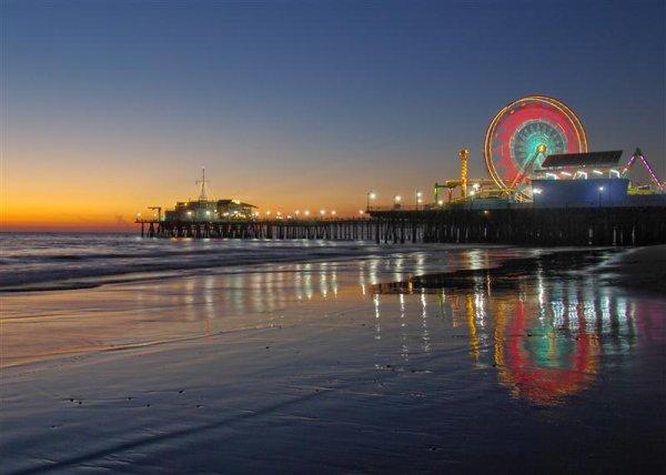 Santa-Monica-night-Medium.jpg