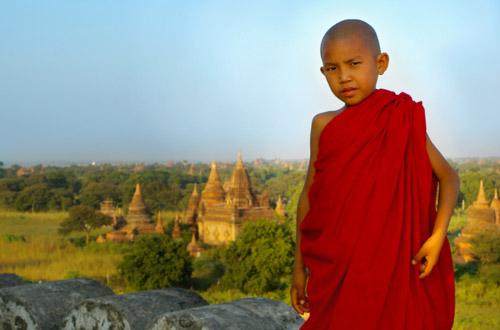 burma-young-monk.jpg
