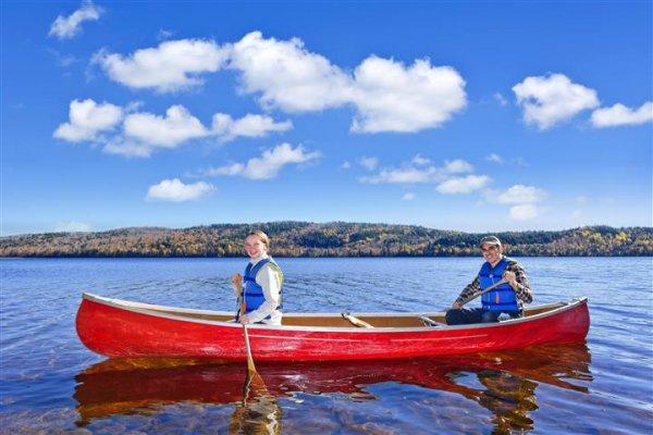 canoeing-ontario.jpg