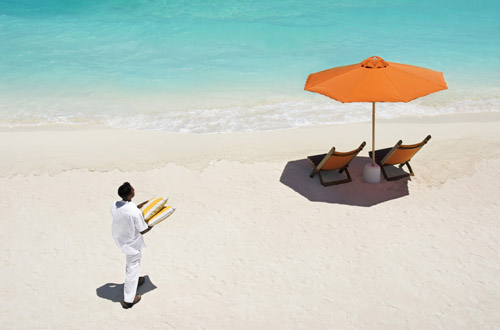 maldives-beach-waiter.jpg